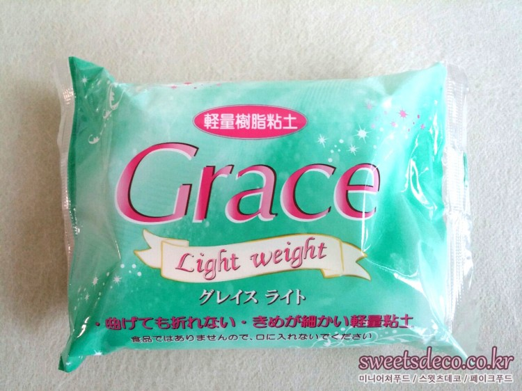 <a href=article.php?contentsno=200&lang=ko class=url target=_blank >그레이스라이트<br/>グレイスライト<br/>Grace Light weight</a><br/>닛신 어소시에이트(주)<br/>日清アソシエイツ㈱<br/>Nissin Associate